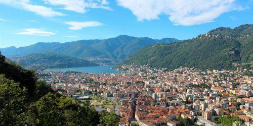 Utsikt över Como och Comosjön